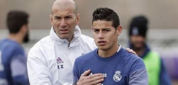 Zidane dando intrucciones a James (Youtube)