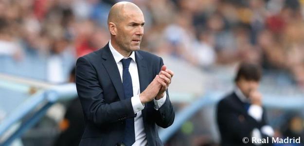 Zinedine Zidane durante un encuentro de Liga. Foto: RealMadrid.com