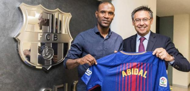 Abidal y Bartomeu, el día de su fichaje (FC Barcelona)