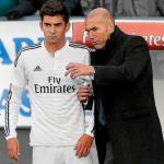 Enzo y Zinedine Zidane (EFE)