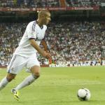 Karim Benzema durante un partido con el Real Madrid