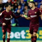 Coutinho y Suárez, durante un partido (EFE)