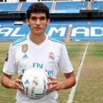 Jesús Vallejo en su presentación / Real Madrid