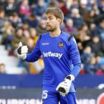 """El mejor portero en lo que va de Liga juega en el Levante """"Foto: macholevante.com"""""""