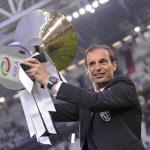 Allegri, con el 'Scudetto' (Juventus de Turín)