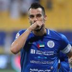 Negredo en un partido con el Al-Nasr./ abola.pt