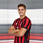 André Silva, con el AC Milan / Twitter