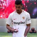 André Silva, en su presentación con el Sevilla / Youtube.