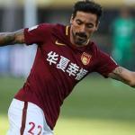 Lavezzi en un partido en China. / canalshowsports.com