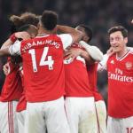 El Leeds United quiere pescar un defensa en el Arsenal
