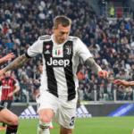 """""""Milan y Juve podrían cambiar sus cromos. Foto: Getty Images"""""""