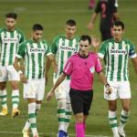 """El VAR continúa riéndose del Betis """"Foto: Diario de Sevilla"""""""