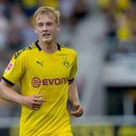La extraña suplencia de Julian Brandt en el Borussia Dortmund