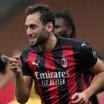 El Milan cierra la cesión de Meite y sigue trabajando en la renovación de Calhanoglu