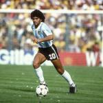 Conmoción en el fútbol: Fallece Maradona a los 60 años / Elpais.com