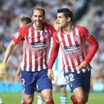 Godín y Morata celebran uno de los goles del español (Atlético de Madrid)