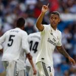 Mariano celebra uno de sus goles de ayer (Real Madrid)