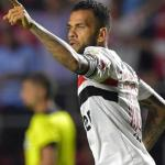 Dani Alves decide salir de Brasil y se ofrece al Barça | FOTO: SAO PAULO