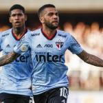 Alves asegura que le gustaría retirarse en Boca / Goal.com