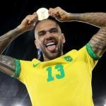 Dani Alves no seguirá en el Sao Paulo y suena para Boca Juniors