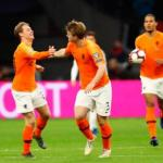 Holanda funciona de la mano de sus dos jóvenes estrellas.