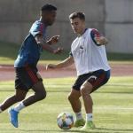 Ansu Fati en un entrenamiento con la selección. / elpaís.com
