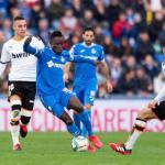 Djené Dakonam sigue en la mira de varios equipos de la Premier League
