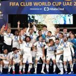 Los jugadores blancos, celebrando el título (Real Madrid)