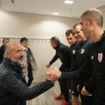 Elizegi saluda a Garitano (Athletic Club)