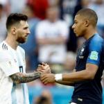 Leo Messi y Kylian Mbappé, durante el Mundial de Rusia / elpais.bo.