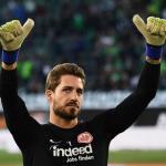 El Eintracht hace oficial el fichaje de Kevin Trapp / Eintracht.de
