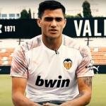 El Valencia medita la venta de Maxi Gómez / Laliga.es