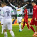 El Gladbach celebra la victoria ante el Bayern. / bavarianfootballworks.com