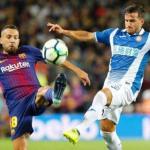 Alba y Piatti pugnan por un balón (RCD Espanyol)