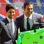 Nasser Al-Khelaïfi y Gianluigi Buffon, en la presentación del portero / PSG.fr.