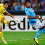 Rossi dispara en un partido contra el Nápoles/lainformacion.com/Getty Images