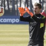 Javi Varas en un entrenamiento con el Huesca / Youtube