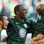 Jerome Roussillon en una celebración con su equipo. Foto: Bundesliga.com