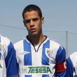 Jesús Mosquera (centro) de futbolista anómino a ídolo en Netflix