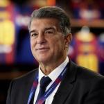 Laporta cierra el primer fichaje del nuevo FC Barcelona
