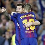 Jordi Alba y Leo Messi. Foto: FCBarcelona.es