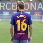 Samper, estrenando el dorsal 16 (FC Barcelona)