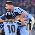 """""""La Lazio vuelve a liderar la Serie A veinte años después. Foto: Getty Images"""""""