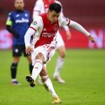 Lisandro Martínez sigue en la mira del Barcelona