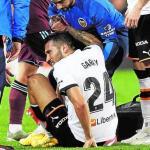 Los problemas del Valencia para reconstruir su defensa / Lasprovincias.es