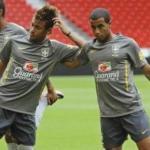 Lucas Moura con Neymar. Foto: lainformacion.com