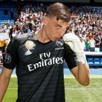Lunin en su presentación oficial / Real Madrid