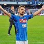El Nápoles logra la renovación in extremis de Dries Mertens