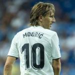 Modric abre la puerta a su renovación por el Real Madrid / ABC.es