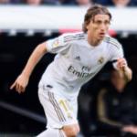"""""""Modric fuerza para no irse en verano. Foto: Getty Images"""""""